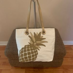 Signature Weekend Pineapple Tote